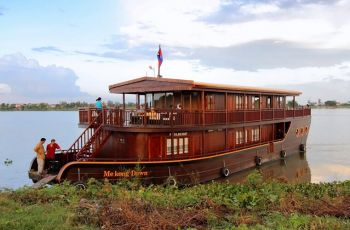 mekong dawn cruise 1