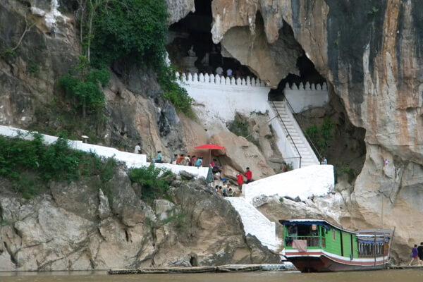 Pak Ou caves 7