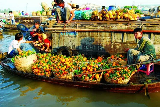 Must-see Attractions during a cruise on Mekong River