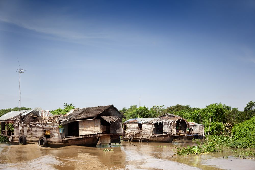 floating villages in cambodia 3
