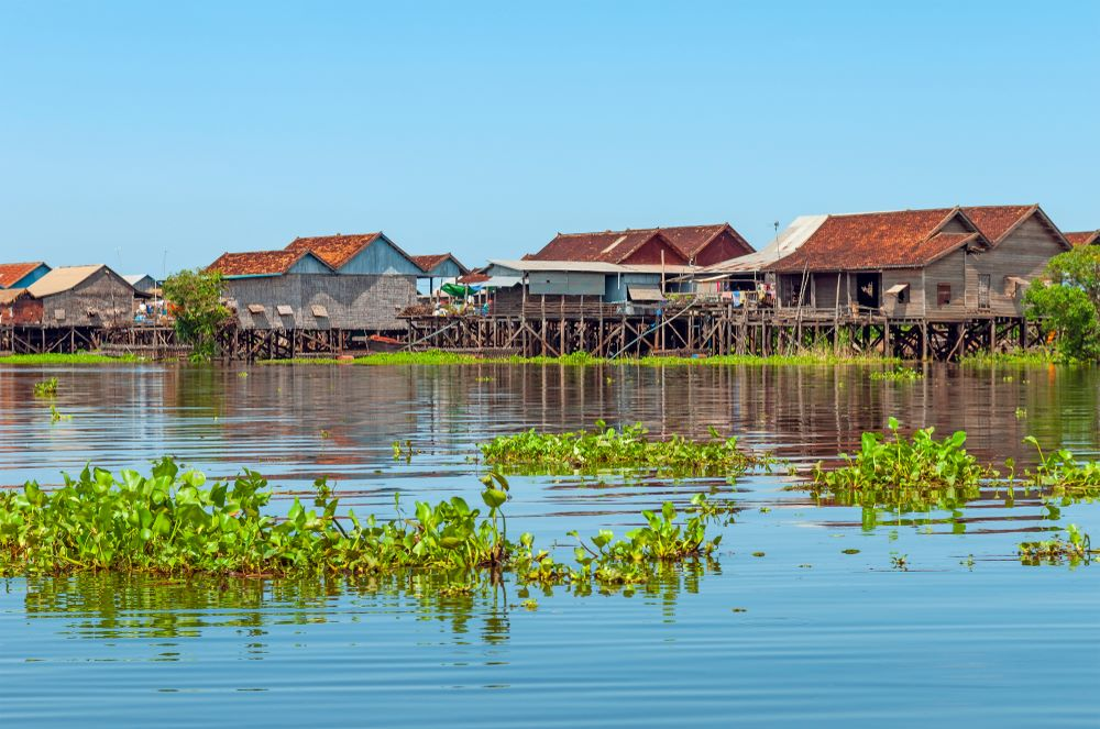 floating villages in cambodia 4