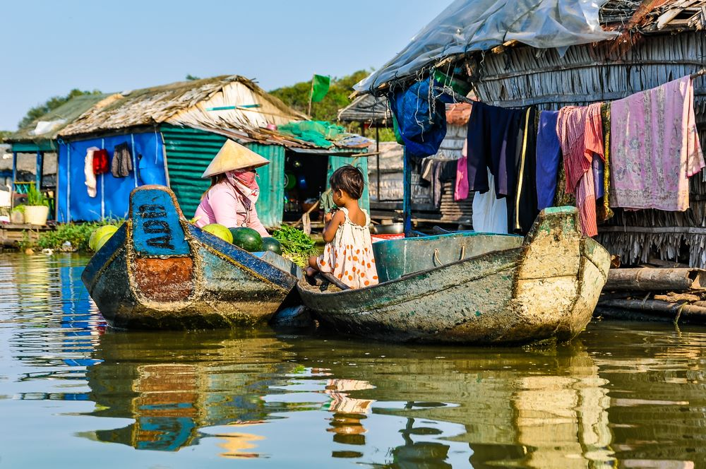 floating villages in cambodia 5