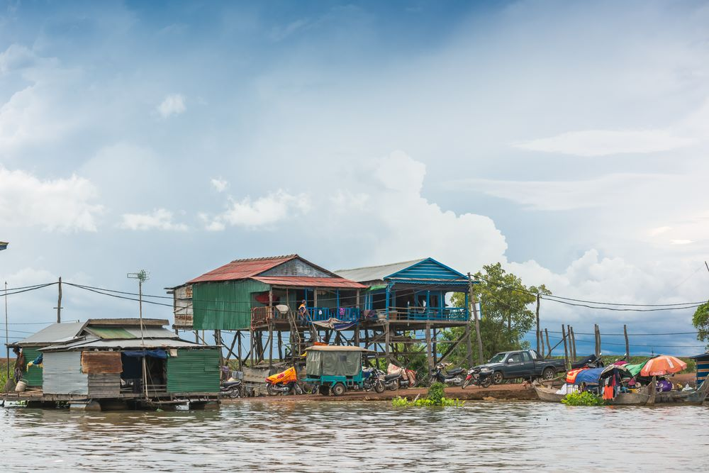 floating villages in cambodia 6