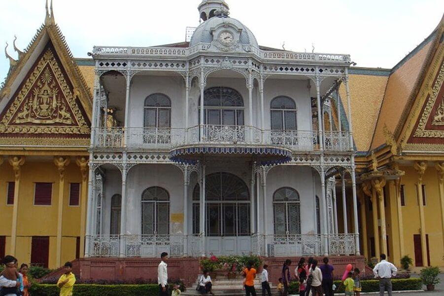 royal palace 7