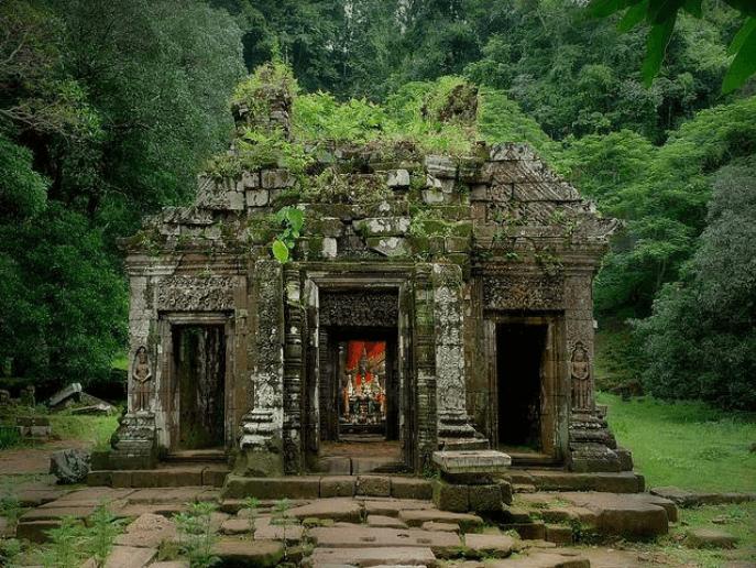 vat phou temple 10