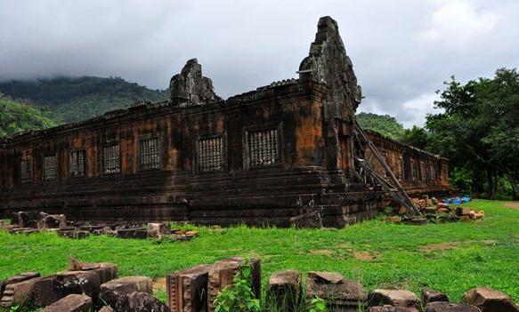 vat phou temple 14